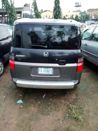Nigerian used Honda Element 2004 Agege - image 3