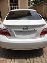 White 2007 Toyota Camry LE