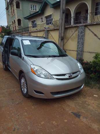 Toks Sienna LE 2008 Direct Lagos Mainland - image 1