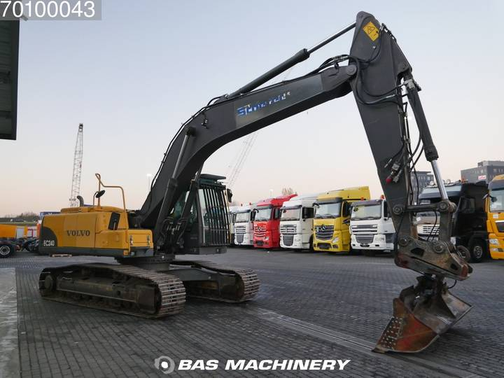 Volvo EC240C NL Nice and clean condition - 2009 - image 3