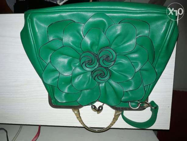 Beautiful flower pattern green bag Asaba - image 1