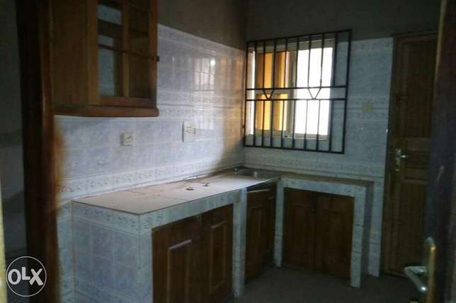 For sale: oneup one dawn of 4bedroom flat Ibadan South West - image 7