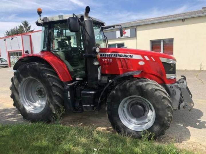 Massey Ferguson mf7718 dyna vt exclusive - 2016