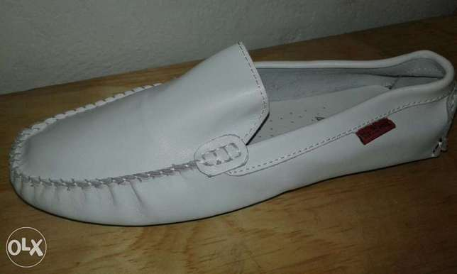 Men low sole loafers Mombasa Island - image 6