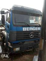 10 cubic concrete mixer Benz truck for sale