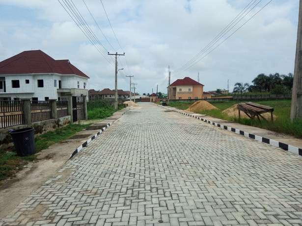 Affordable lands in an a existing Estate for all income classes Alimosho - image 8