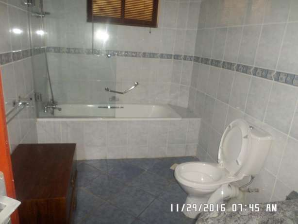 A furnished 2 bed apartment along state house road for rent Kilimani - image 8