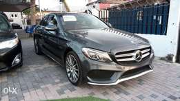 Mint Condition 2015 Merc-Benz C400 4Matic In Excellent Condition.