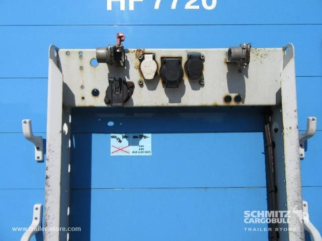 Schmitz Cargobull Curtainsider Standard - 2012 - image 10