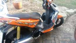125 Kymco Super 8 scooter for sale