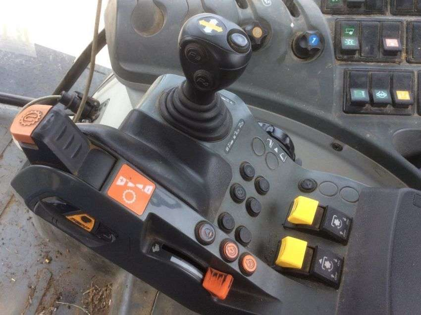 Claas arion 640 cis - 2012 - image 3