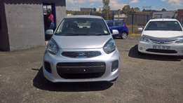 Kia picanto 1.1 lx, Cloth Upholstery, Hatch Back, Multi Functiona