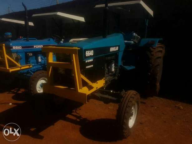 Tractor newholland 6640 powerstar Elgonview - image 4