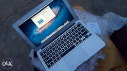 Apple Macbook Air 4gb/128gb SSD