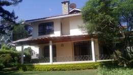 4 BEDROOM Town House TO LET, Flame Tree Drive, RUNDA