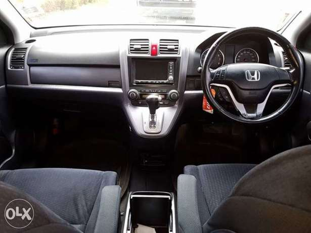 honda crv (trade in accepted ) Nairobi West - image 2