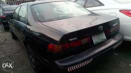 Very sound firstbody Toyota Camry tinyligth with factory chilling ac