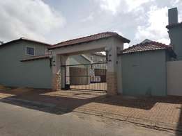 Simplex 2-bed 2-bath townhouse for rent - Randfontein, West Rand