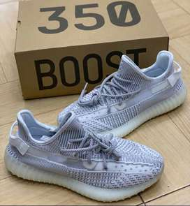 0fe93ac54f10d Adidas yeezy Boost 350 V2 Static white sneakers