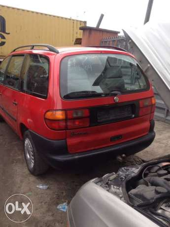very clean first body Volkswagen sharan full option with A/C chilling Apapa - image 2