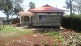 Three bedrooms house for sale at mountain view estate maili nne in eld