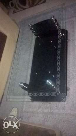 Coffee Table Elegant With hard Glass Top Zimmerman - image 4