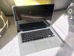 Apple Macbook Pro MD101 x 2