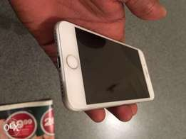 iPhone 7 32GB White&Space Grey