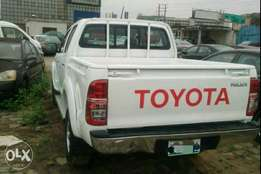 Clean Registered 2014 Toyota Hilux