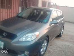 2005 Toyota Matrix Extra Clean. All Bottons working FULL OPTIONS