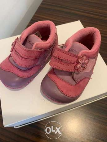 Lovely toddler shoes Startrite brand size 2.5g