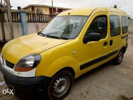Portable delivery van affordable price.