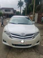 Clean 2014 Tokunbo Toyota Venza for sale