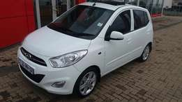 Hyundai I20 Glide with FACTORY SUNROOF for sale!