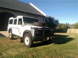 1995 Land Rover Defender 110 3.5L V8 White