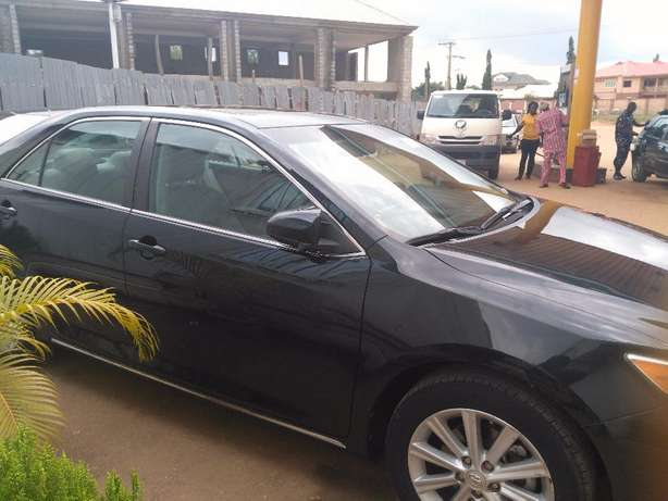 super clean toyota camry 2012 xle full option Durumi - image 7