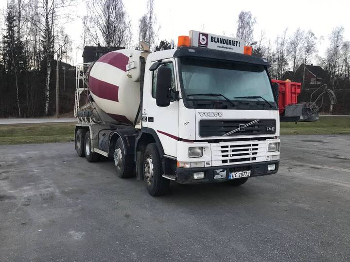 Volvo Fm12-380 8x4, For Parts. - 1999