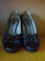 37 Розмір - Одяг взуття - OLX.ua 4af393a38c356