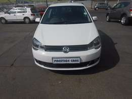 vw polo vivo 1.4 hb 2014 model white with electric window