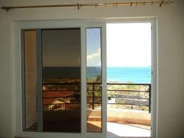 3bedroomed flat with Seaview English point.