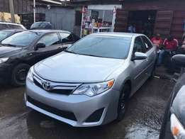 Clean title 012 toyota camry