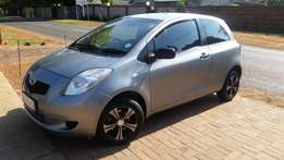 2006 TOYOTA YARIS for sale in good condition..