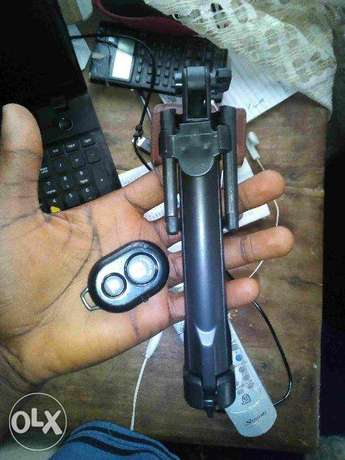 selfie stick with flash light included (new) Ado Ekiti - image 5