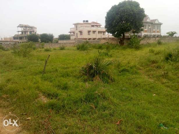 Plots for sale in afast developing Bamburi area with clean title deeds Nyali - image 4