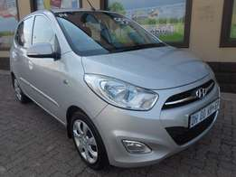 Hyundai i10 2014 very low km Bargain