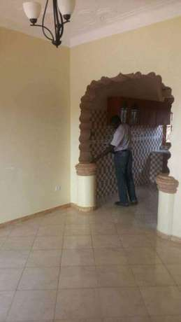 A two bedroom house for rent in Bweyogerere Kampala - image 5