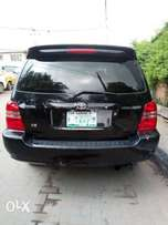 Neatly Used 2004 Toyota Highlander for sale
