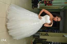 Newest wedding gown for hire