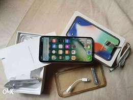 iPhone X 256GB (USA Used)