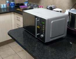 Russell Hobbs 20l Electronic Microwave with mirror finish